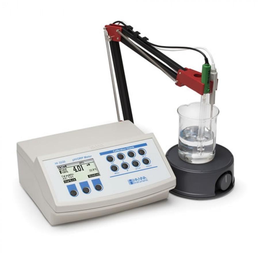 HANNA HI3220 pH/ORP Benchtop Meter